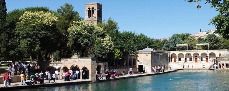 Balıklı Göl ve Abdurrahman Camii - Şanlıurfa