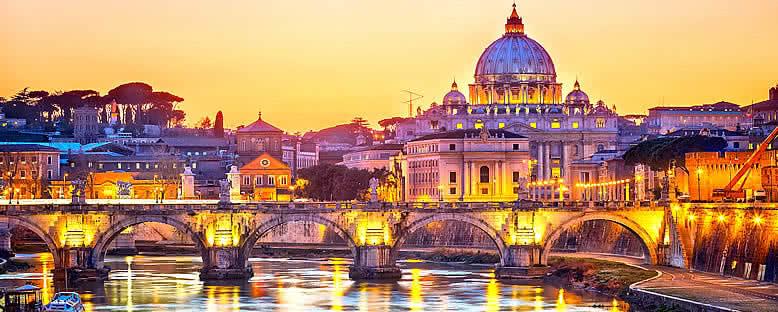 Gün Batımında Aziz Peter Katedrali - Roma