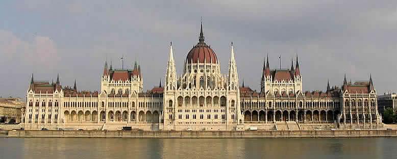 Ulusal Parlamento - Budapeşte