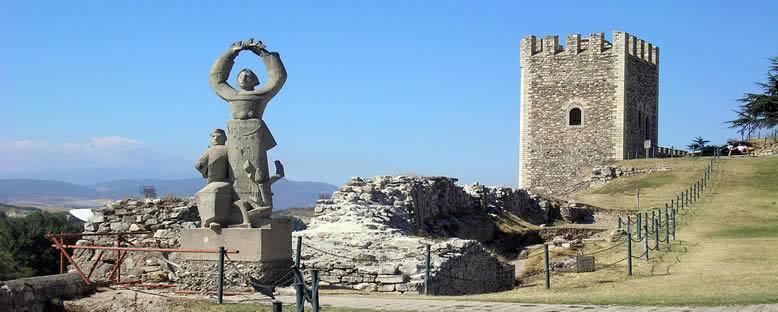 Kale ve Anıt - Üsküp