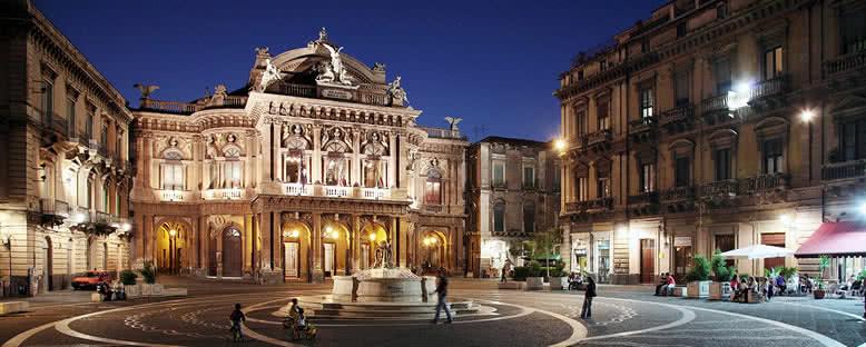 Piazza Teatro Bellini - Catania