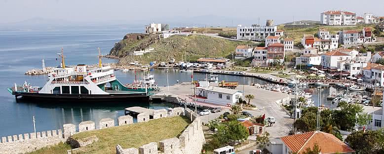 Feribot Limanı - Bozcaada