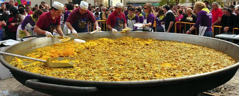 Geleneksel Paella Şenlikleri - Valencia