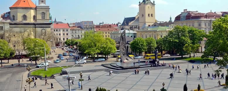 Şehir Meydanı - Lviv