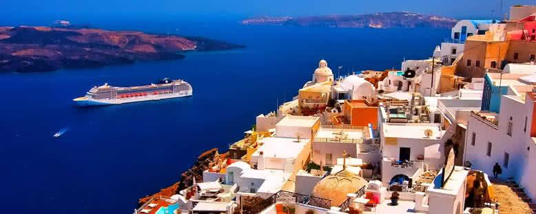 Cruise Gemileri - Santorini