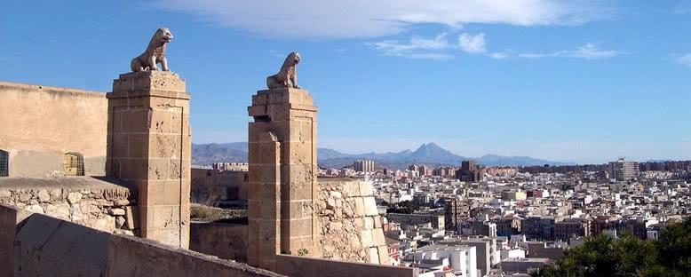 Puertas del Castillo de San Fernando  - Alicante