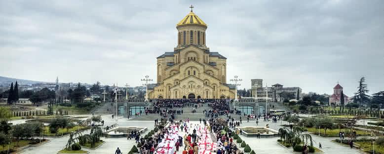 Sameba Katedrali - Tiflis