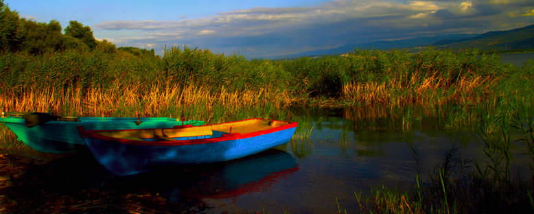 Göl ve Kayıklar - Sapanca