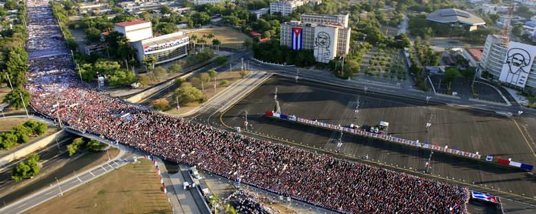 Devrim Meydanı'nda 1 Mayıs - Havana