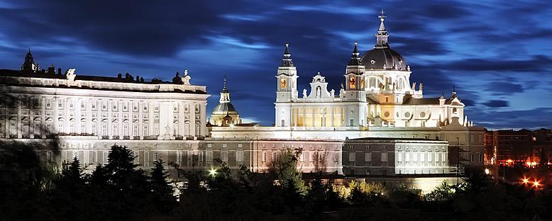 Almudena Katedrali ve Kraliyet Sarayı - Madrid