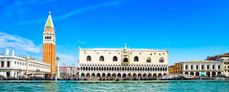 Campanile ve Dükalık Sarayı - Venedik