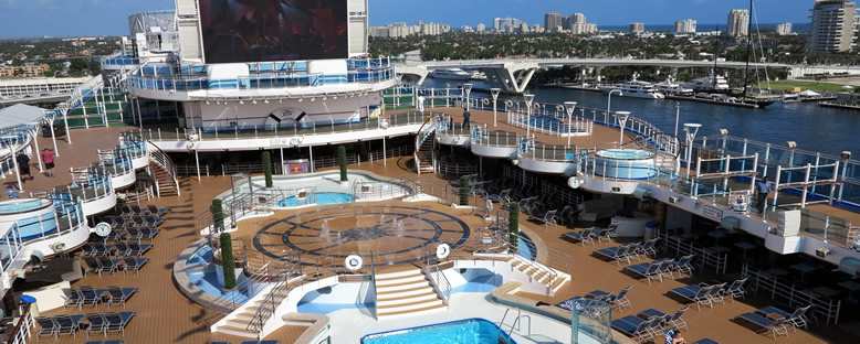 Sun Deck - Regal Princess