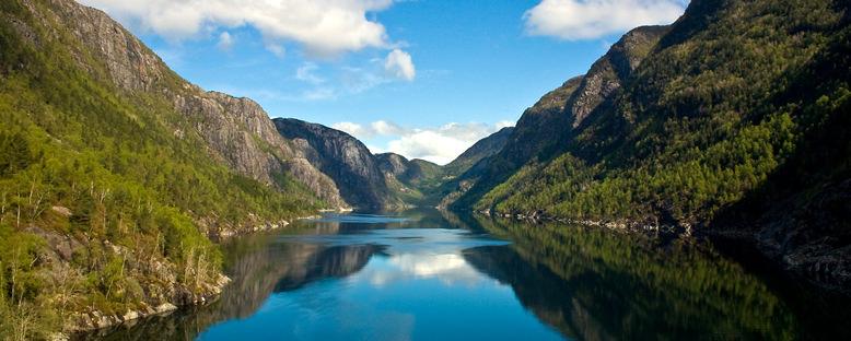 Naeroyfjord - Norveç
