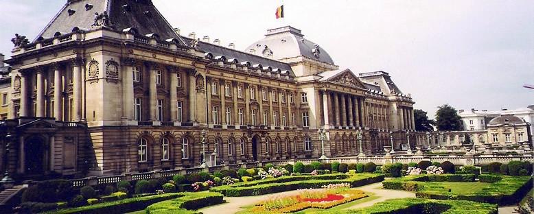 Kraliyet Sarayı ve Bahçesi - Brüksel