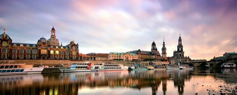 Nehir Kıyıları - Köln
