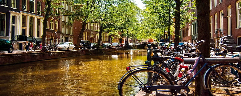 Kanal ve Bisikletler - Amsterdam