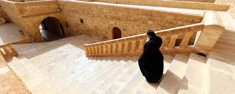 Deyrulzafaran Manastırı İçi - Mardin