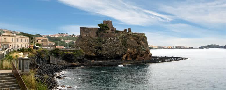 Aci Castello'da Norman Kalesi Kalıntıları - Catania