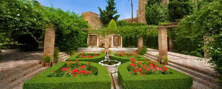 Alcazaba Surlarının İçi - Malaga