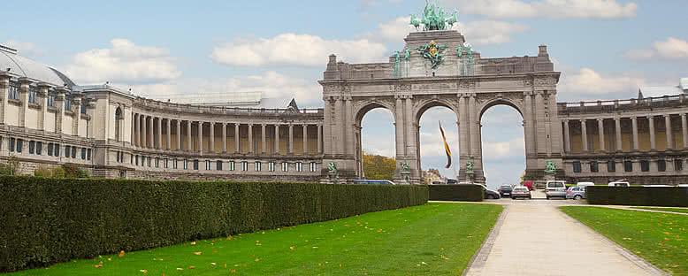 Cinquantennaire Parkı ve Zafer Takı - Brüksel