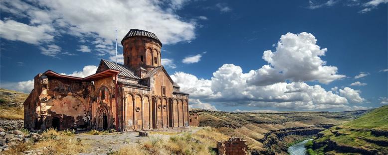 Ani Harabeleri'nde Kilise - Kars