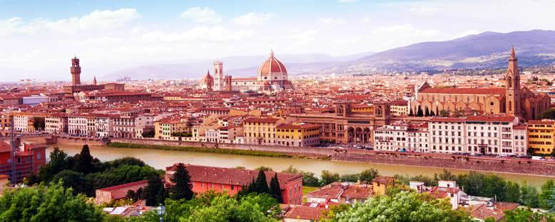 Arno Nehri ve Şehir Manzarası - Floransa