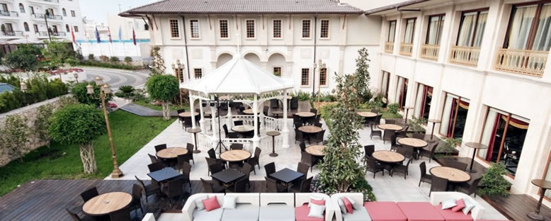 Bahçe - The Savoy Ottoman Palace
