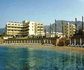 Beach - Vuni Palace Hotel