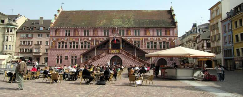 Belediye Binası ve Meydanı - Mulhouse