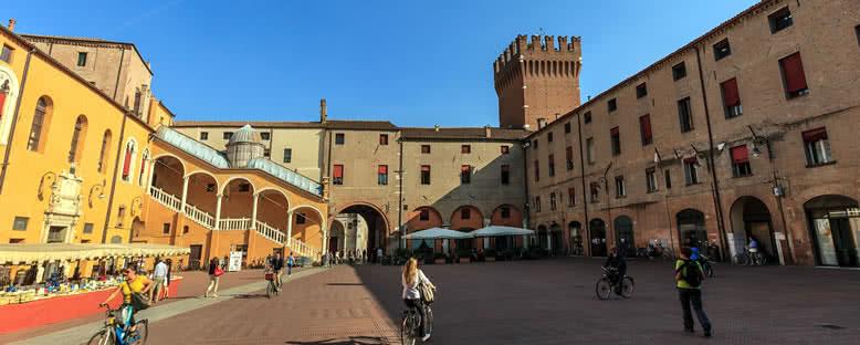 Belediye Meydanı - Ferrara