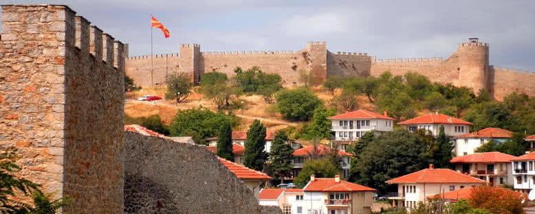 Şehir Surları - Ohrid