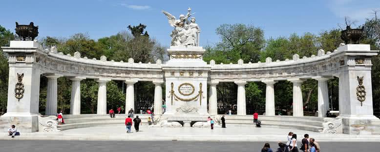 Benito Juarez Anıtı - Mexico City