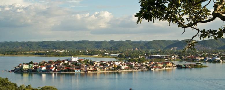Bölge Panoraması - Flores