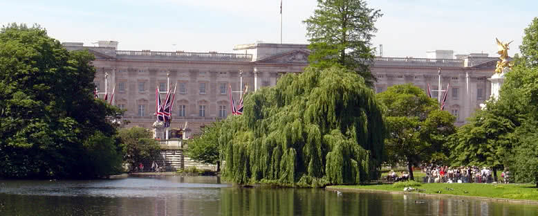 Buckhingam Sarayı ve Parkı - Londra