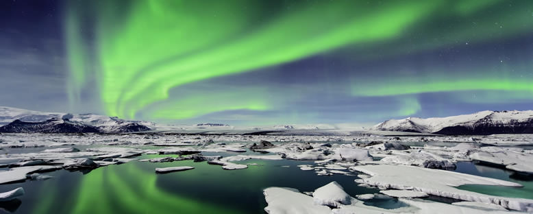Buzul Gölünde Kuzey Işıkları