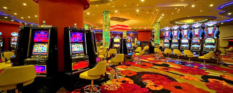 Casino - Jasmine Court Hotel & Casino
