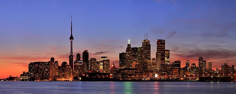 CN Kulesi ve Şehir Panoraması - Toronto