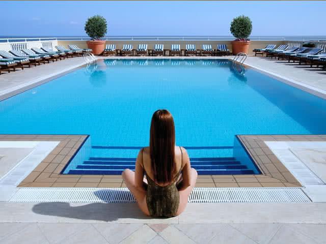 Colony Hotel - Havuz