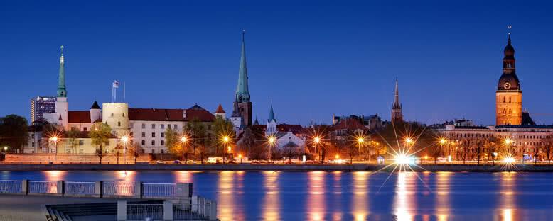 Daugava Nehri'nde Gün Batımı - Riga