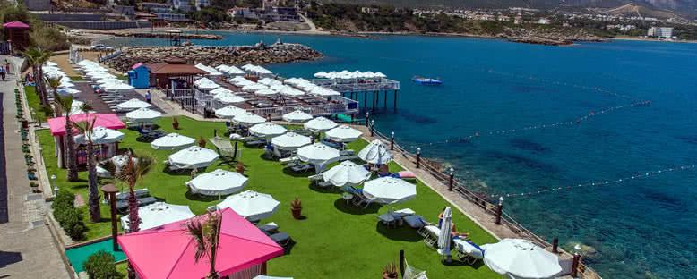 Deniz Keyfi - Merit Park Hotel & Casino