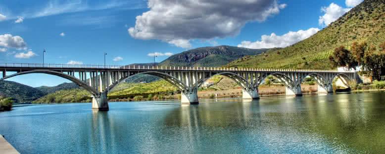 Douro Üzerinde Köprü - Barca d'Alva