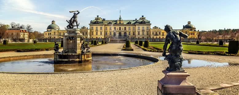 Drottningholm Sarayı ve Bahçeleri - Stockholm