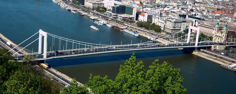Erszebet Köprüsü - Budapeşte