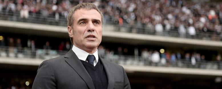 Fenerbahçe Teknik Direktörü Ersun Yanal