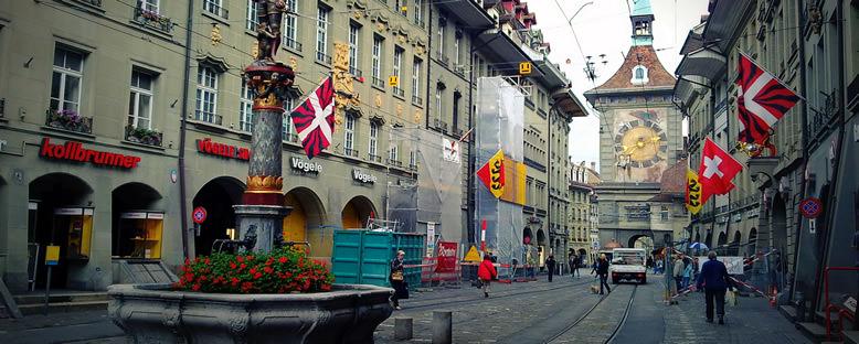 Saat Kulesi ve Caddeler - Bern