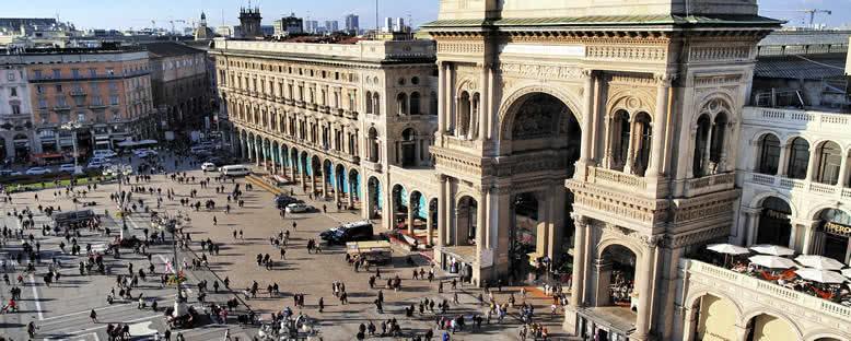 Galleria Vittorio Emanuele II Kapısı - Milano
