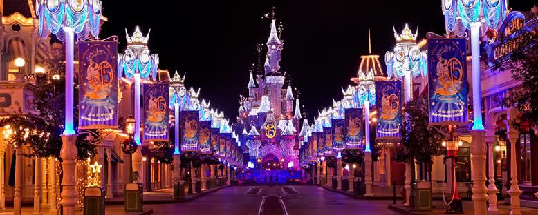 Gece Işıkları - Disneyland