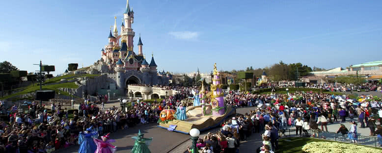 Geçit Törenleri - Disneyland