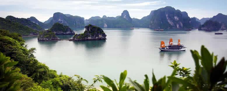 Geleneksel Teknelerle Gezinti - Halong Bay