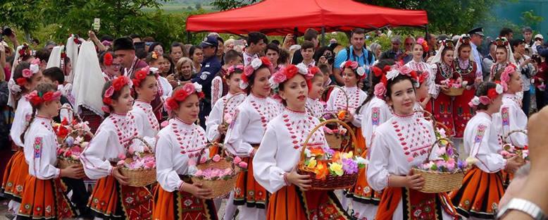 Gül Toplama Ritüeli - Kazanlık Gül Festivali